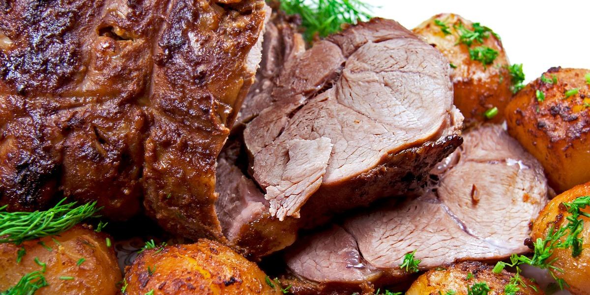 Roast leg of lamb with potatoes