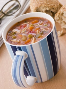extra large soup mugs (c) Can Stock Photo