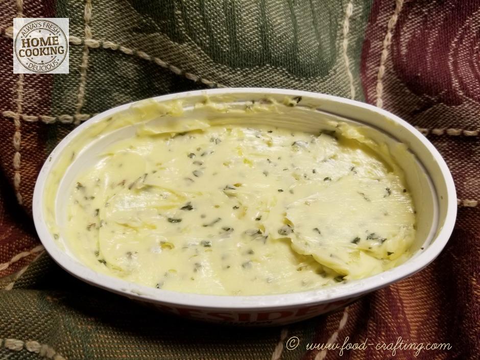 pasta-e-fagioli-soup-butter