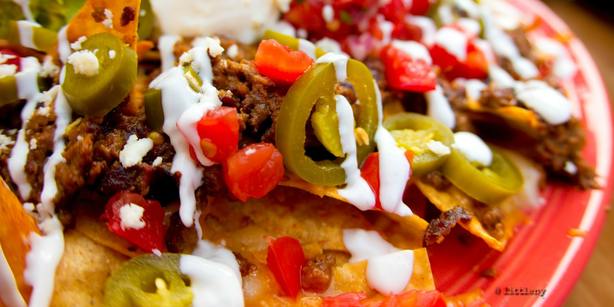 loaded-tortilla-nachos